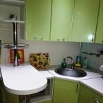 небольшая кухня в малогабаритку